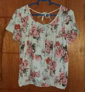 flowery crop top colorbox