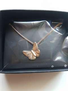 new in box! goldtone butterfly pendant necklace