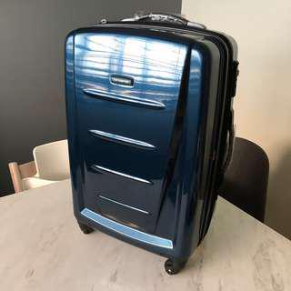 "Samsonite Winfield 2 ultra light 24"" 24 inch spinner luggage"