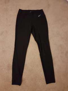 Small black Nike leggings