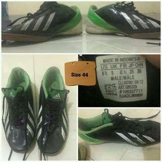Sepatu Authentic Adidas F10 Messi