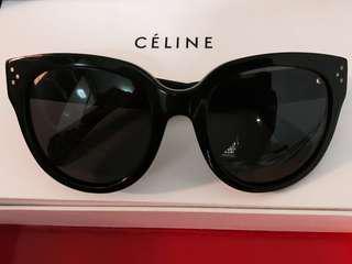🚚 Celine Audrey Sunglasses