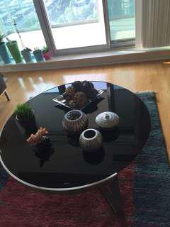 Black glass design coffee table