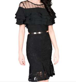 Elegant ruffle black dress