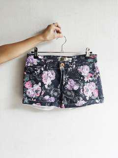 Cotton On floral shorts
