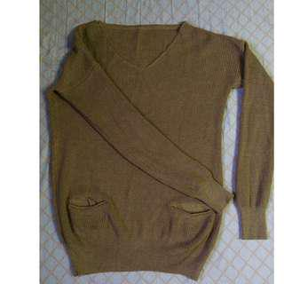 Elegant Brown Sweater with pockets