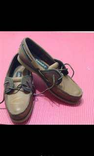 踢不爛Tmberland帆船鞋