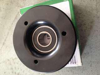 W203 M111 belting Pulley