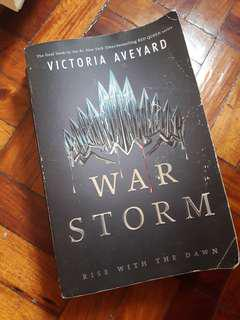 War stor by victoria aveyard