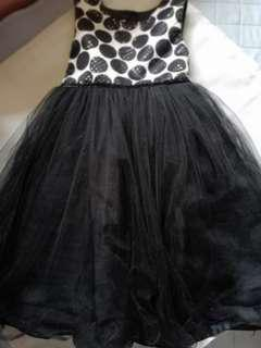 Pre loved Gown's for Kids