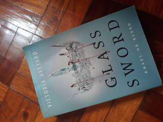 Glass sword, King's cage, War storm BUNDLE