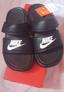 Nike Benassi Duo Ultra slide women size 7 US