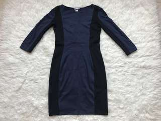 Preloved H&M navy blue and black 3/4 sleeve bodycon dress