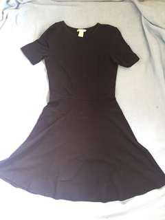 H&M cheerleader type navy blue dress