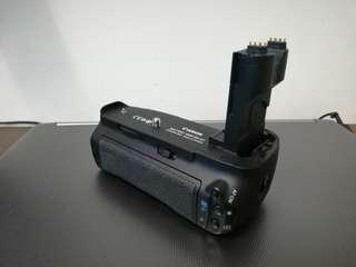 CANON 7D original battery grip BG-E7
