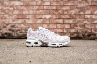 Nike TNS Velvet