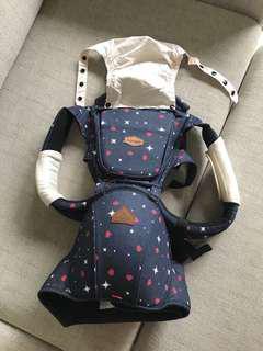 🚚 韓國Iangel 腰凳背巾- 很新