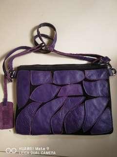 original sling leather bag