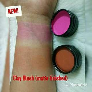 Organic Blusher matte and clay blush