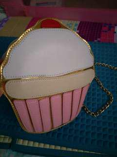 Give away! Cute cupcake Sling Bag