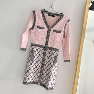🚚 小香風優雅針織V領連身裙 五分袖