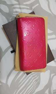 Louis Vuitton Pink Vernis Zippy Wallet
