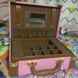 Jewellery Box Baby Pink Leather