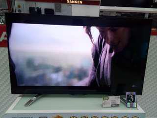 TV Sharp 50in LC-50LE580X Bisa dicicil tanpa kartu kredit