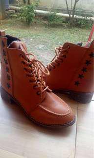 Sepatu Boots Wanita, BROWN