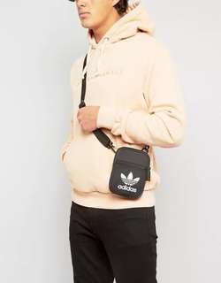 Adidas 黑色 經典款側咩袋 單肩袋 三葉草 迷你小包 休閒運動斜挎袋