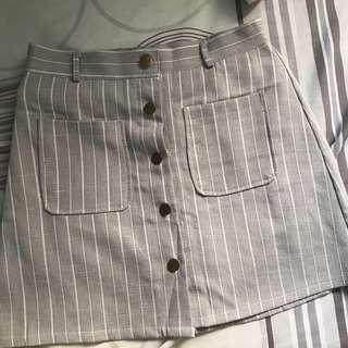🚚 Grey Striped Skirt