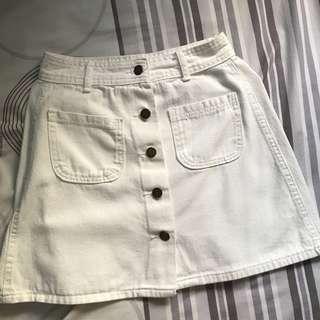 🚚 White Denim Skirt