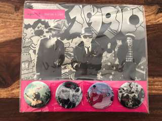🈹Agnes B 限量badge 徽章 4個一set $40 bande a part New York underground band women accessories