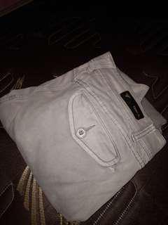 Celana merek triple