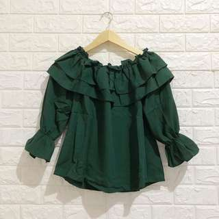 NEGO TIPIS Patricia Blouse in Green
