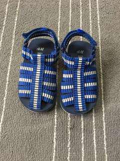 H&M shoes size 20/21