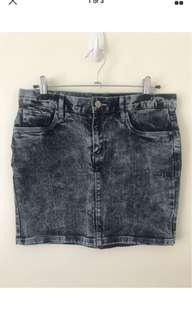 H&M DIVIDED Acid Wash Denim Mini Skirt - Size 8