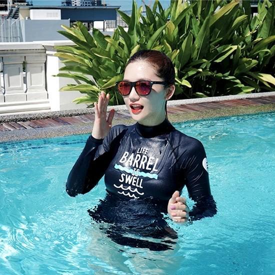 2018新輕柔軟泳衣套裝,預訂需時過數後3天至7天有貨,多謝!