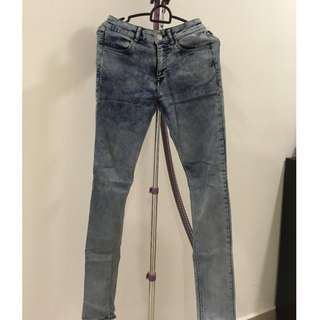 (Including postage) H&M Super Skinny Regular Jeans Size 6 #50under