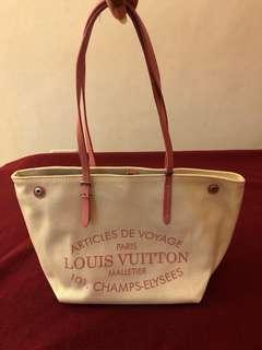 Louis Vuitton neverfull canvas