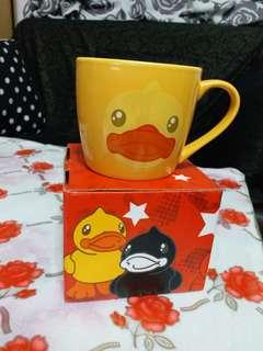 B. Duck 水杯