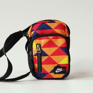 Tas sling bag. Pria wanita. Nike termurah