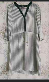 HnM dress stripes