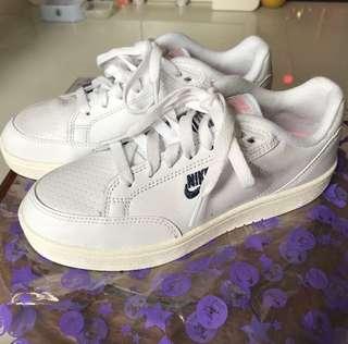全新 Nike grandstand 2代限定 白色波鞋 女裝