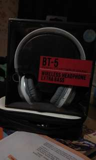 BT-5 WIRELESS HEADPHONE