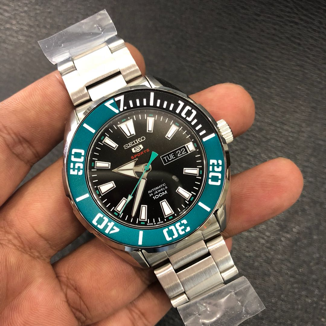 Brand New In Box Seiko 5 Sports Diver Green Bezel Srpc53
