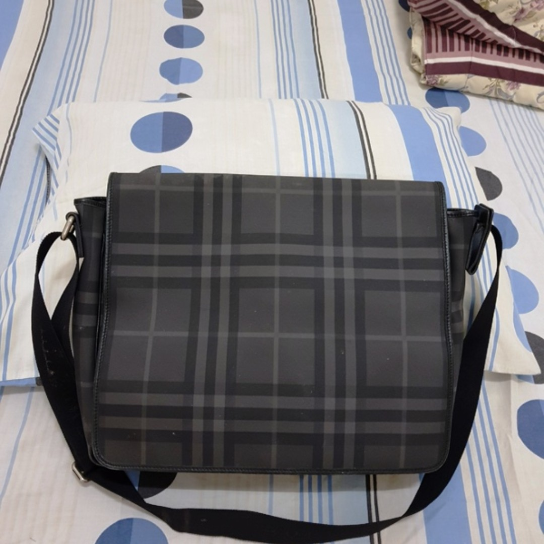 17dc739401 Burberry Nova Check Black messenger bag original not gucci LV hermes ...