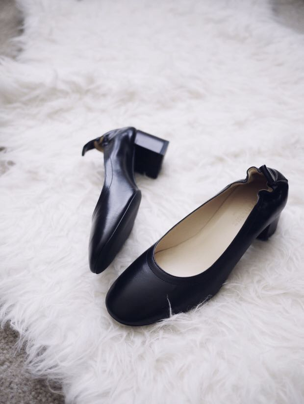 fb06a24de77 Everlane Day Heel Black 8.5   9 Made in Italy Genuine Leather Block ...