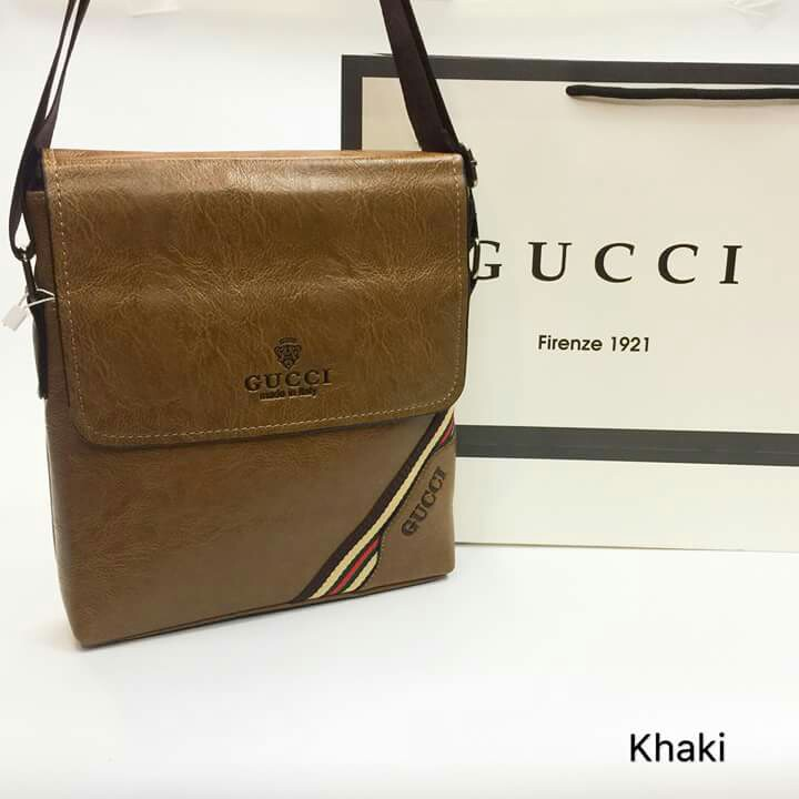 1085b111493 Gucci Sling Bag Leather type