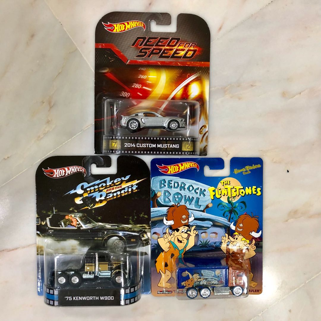 Hot wheels need for speed 2014 Mustang set